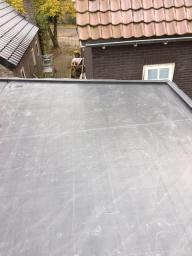EPDM dak op overkapping te Nieuw-Amsterdam