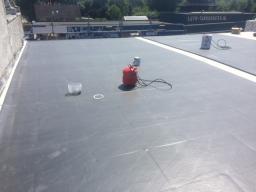 Villa Veldkamp te Erica Renovatie plat dak met EPDM dakbedekking
